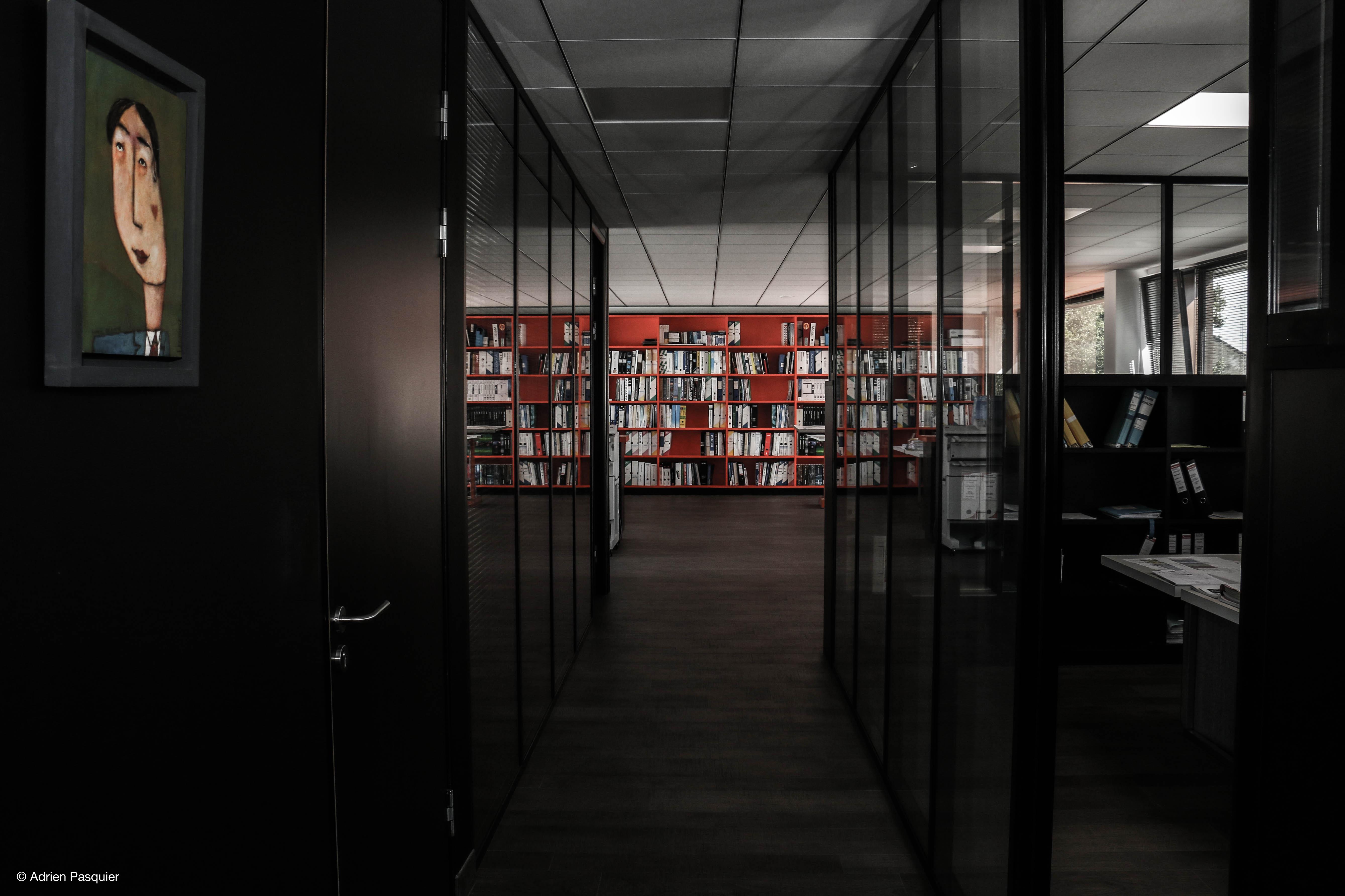 design d int rieur cabinet d architecte adrien pasquier audiovisuel photographie. Black Bedroom Furniture Sets. Home Design Ideas